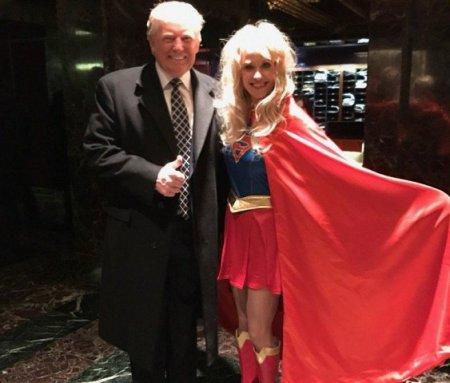Трамп озадачил гостей костюмированной вечеринки в Нью-Йорке своим образом