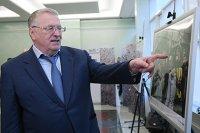Жириновский предложил отправить пенсионеров и творческих людей на север