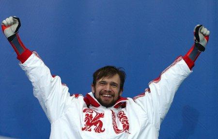 Скелетонист Третьяков занял третье место в общем зачете Кубка мира