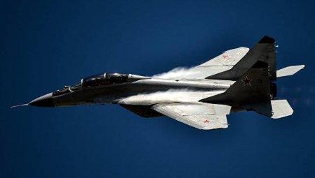 Россия и Сербия подписали договор о поставке Белграду истребителей МИГ-29