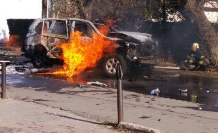 При взрыве автомобиля в Киеве погиб военнослужащий Минобороны Украины