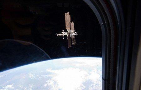 Камеры МКС засняли НЛО