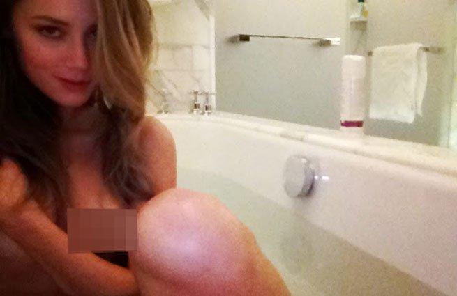 Интимные снимки знаменитостей — pic 15