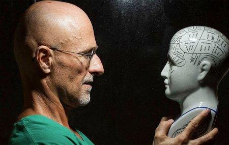 Скандальный хирург пересадил человеческую голову