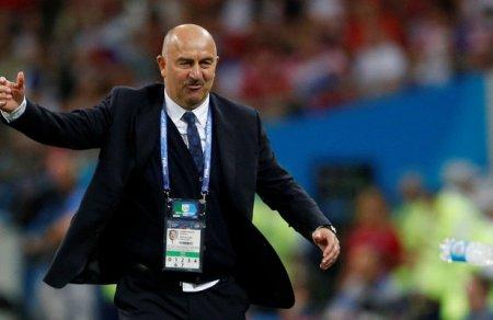 Главный тренер сборной России пофутболу Станислав Черчесов ответил навопрос